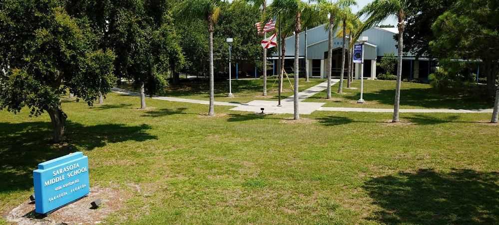 Exterior of Sarasota Middle School