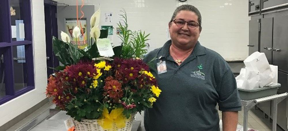 Sarah Woods Named Sarasota County Schools School-Related Employee of the Year